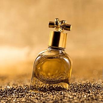 Corporate Website for an International Fragrance Brand